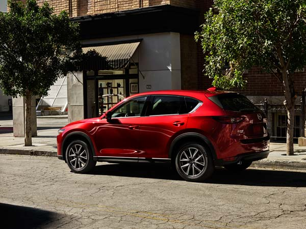 Los Angeles Auto Show 2016: Mazda Reveals All-New CX-5 SUV