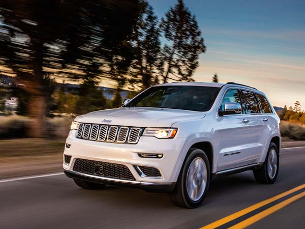 Fiat Chrysler Recalls Nearly 89,000 Cars Over Fuel Leaks & Problems With Windshield Wipers