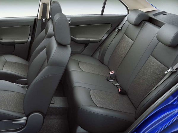 <b> Tata Zest Rear Seat Layout </b>