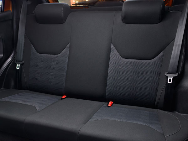 <b> Ford Figo Rear Seat Layout </b>