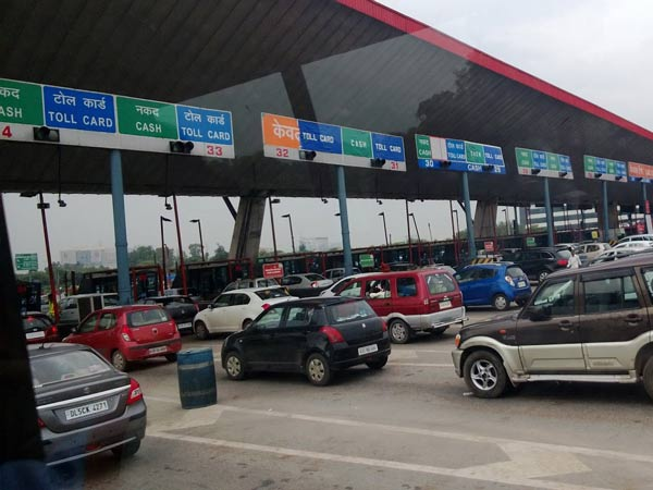 New Vehicles Will Feature RFID Based Digital Identity Tag For Toll Payments