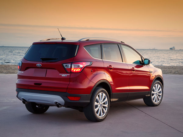 2016 Bogota Auto Show: Ford Showcases New Escape