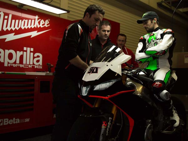 WSBK: Eugene Laverty Returns With Milwaukee Aprilia