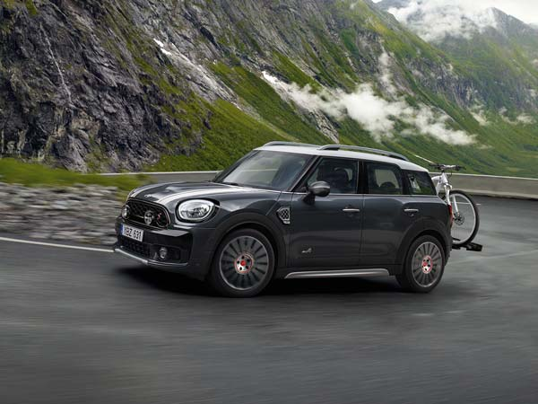 Mini Unveils New John Cooper Works Accessory And Tuning