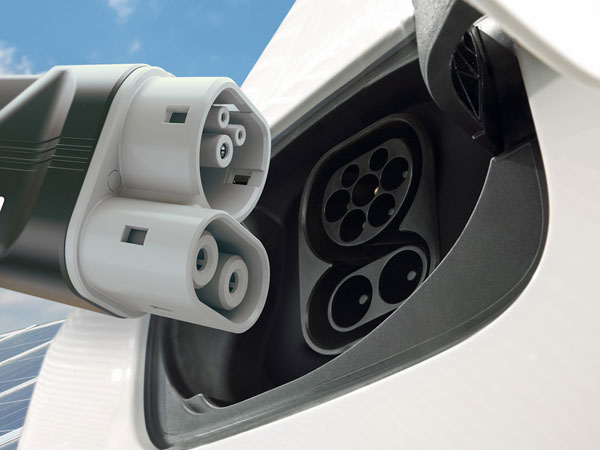 Four Automobile Manufacturers Join Hands To Develop Fast-Charging Network
