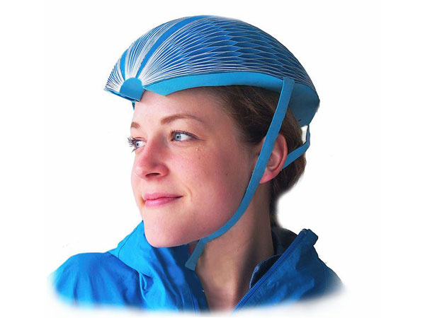 This Foldable, Cheap Cycling Helmet Is Made Out Of Paper