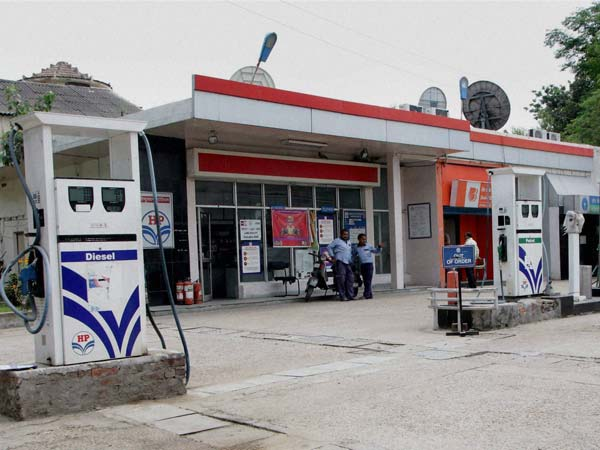 Fuel Pumps Will Not Accept Old Notes From December 2