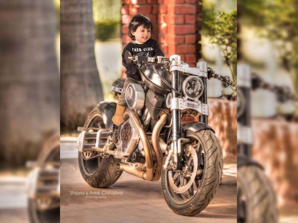Dhoni's Daughter Ziva Poses On His Hellcat