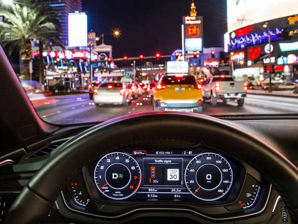 Audi Cars Will Let You Know When Traffic Light Turns Green