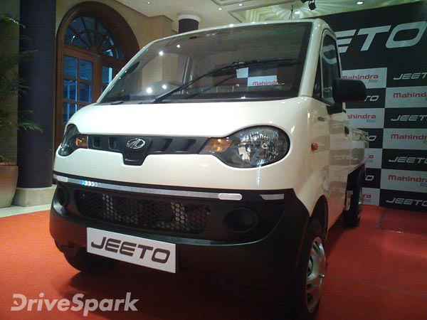 Mahindra Jeeto CNG Launched For Rs 3.39 Lakh