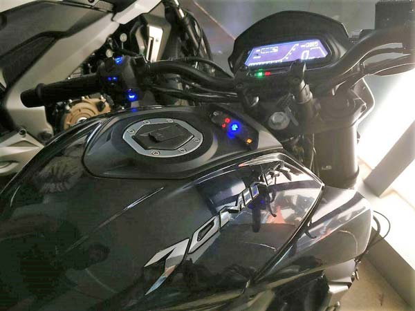 Bajaj Dominar 400 With Dual Channel ABS Spied Ahead Of Launch