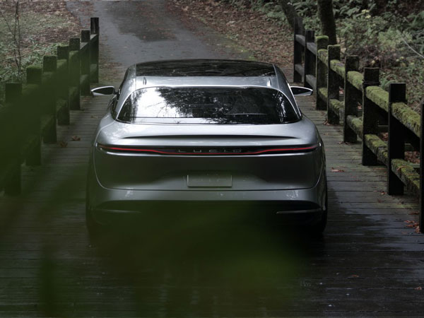 Lucid Motors Unveils The Air, A 1,000bhp Sedan With ...