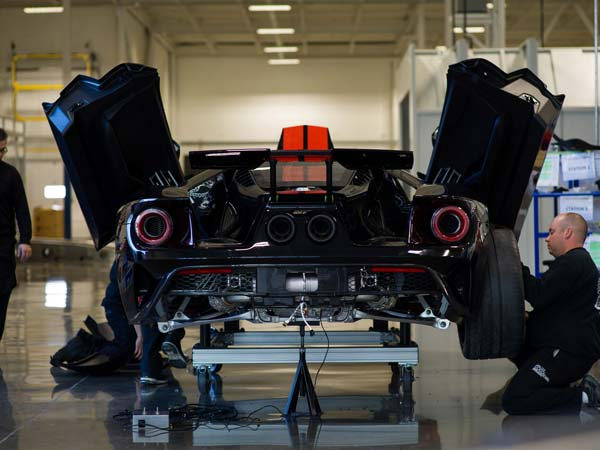 First Batch Of 2017 Ford GT Rolls Off The Assembly Lines
