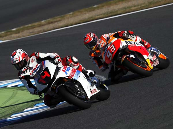 Alonso & Marquez Ride Together At 2016 Honda Thanks Day