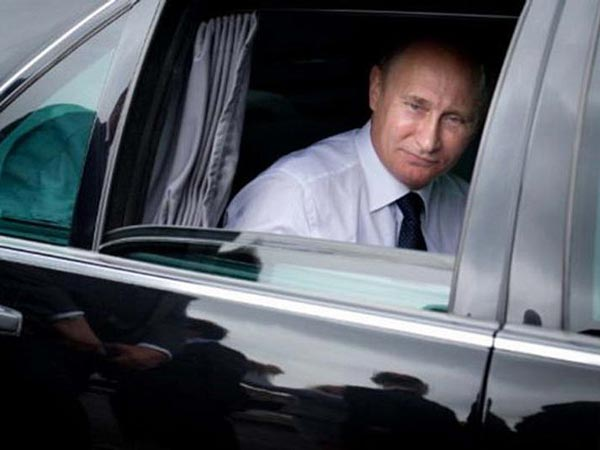 Vladimir Putin's Mercedes Limousine Is Up For Grabs For A Whopping $1.3 Million
