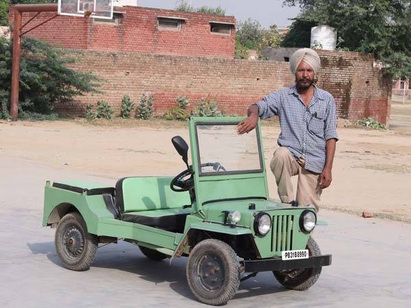 60-Year-Old Indian Mechanic's Miniature Jeeps Are No Toys — Jugaad At its Best?