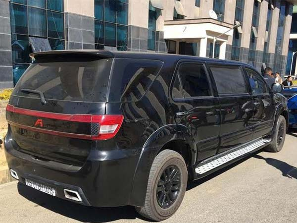 Toyota Fortuner Modified Into A Limousine Drivespark News