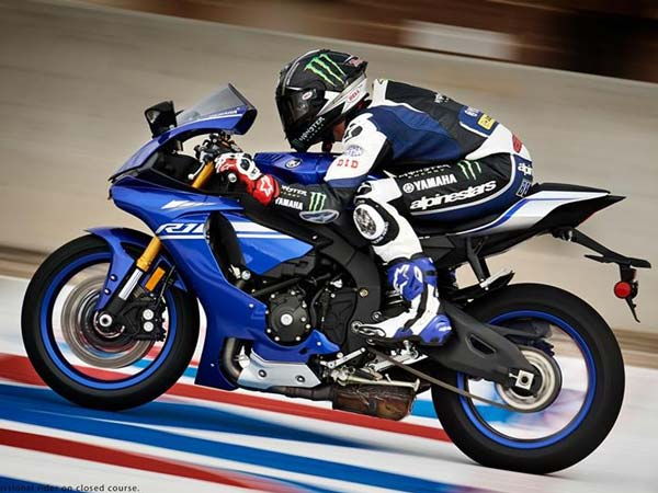 YZF-R3 & YZF-R25 Likely To Adopt Yamaha's Deltabox Frame For 2017