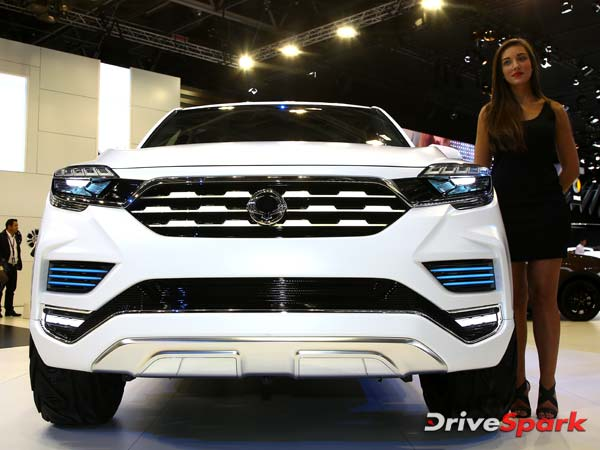 Mahindra To Launch Toyota Fortuner Rival