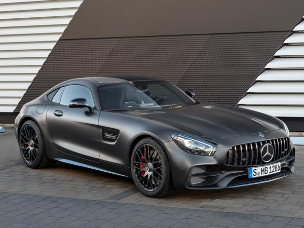 2017 mercedes amg gtc coupe revealed amg gt and gt s updated drivespark. Black Bedroom Furniture Sets. Home Design Ideas