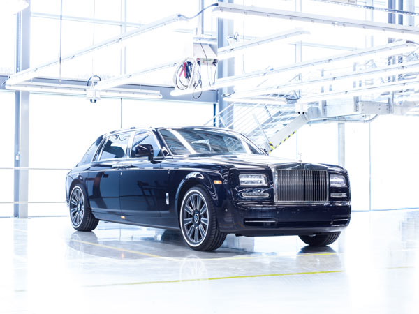 Last Rolls-Royce Phantom VII Rolls Off The Production As One Off Special
