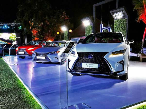 Lexus India Previews Its Product Portfolio In Kochi
