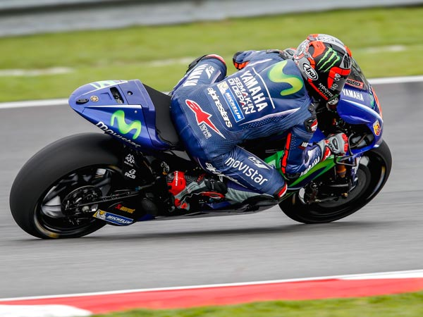 MotoGP Official Test 2017: Valentino Rossi Tests 'Concealed Winglets'