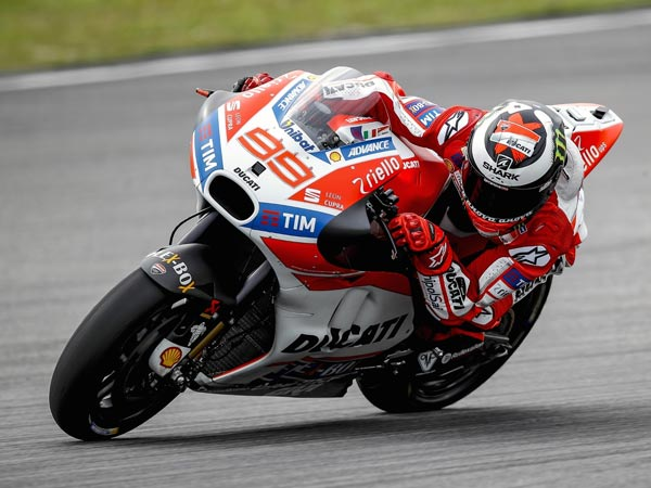 Lorenzo Will Test Thump-Operated Brake In Australia