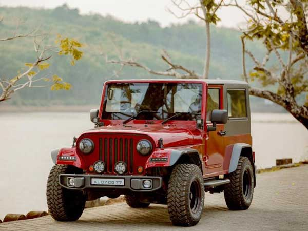 Mahindra Thar Disguised As A Jeep Wrangler Drivespark