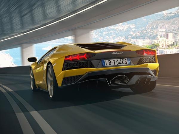 Lamborghini Aventador S Launched In India Launch Price