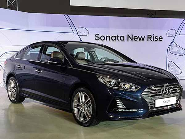new hyundai sonata launched specs features and more drivespark news. Black Bedroom Furniture Sets. Home Design Ideas