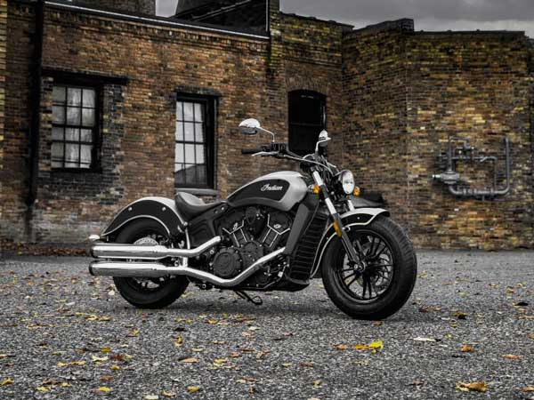 indian scout sixty gets a new dual tone paint job drivespark news. Black Bedroom Furniture Sets. Home Design Ideas