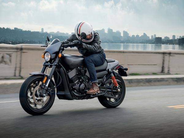 Harley Davidson: Harley-Davidson Street Rod 750 Launched In India For Rs 5