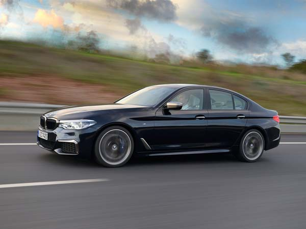 2017 bmw m5 to debut at frankfurt motor show drivespark news. Black Bedroom Furniture Sets. Home Design Ideas