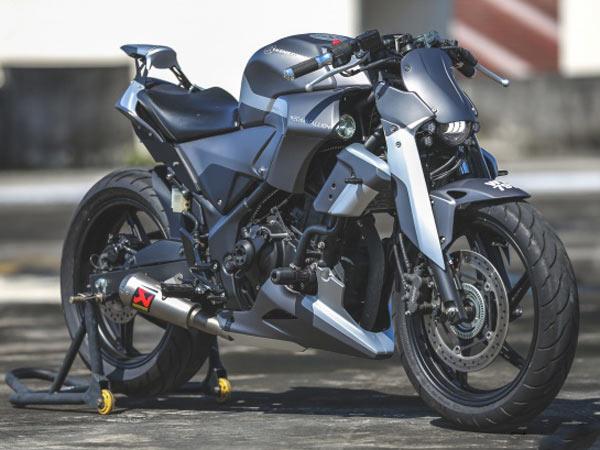 Kenstomoto MechaStallion Honda CBR250R Custom Build