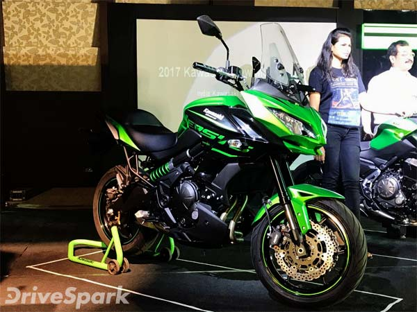 2017 kawasaki versys 650 launched in india for rs lakh drivespark news. Black Bedroom Furniture Sets. Home Design Ideas
