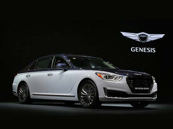 hyundai showcases the genesis g90 special edition at seoul motor show drivespark. Black Bedroom Furniture Sets. Home Design Ideas