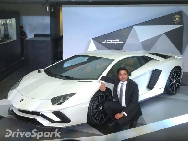 Lamborghini Aventador S Launched In India At Rs 5 01 Crore