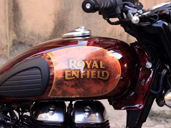 This Modified Royal Enfield Classic 500 Is A Looker ...