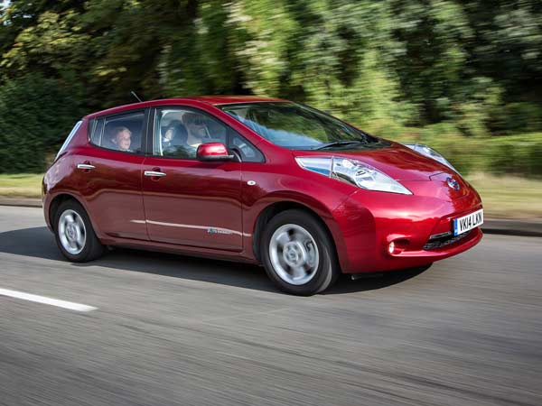 Nissan Leaf Electric Car Considered For India Report Drivespark News