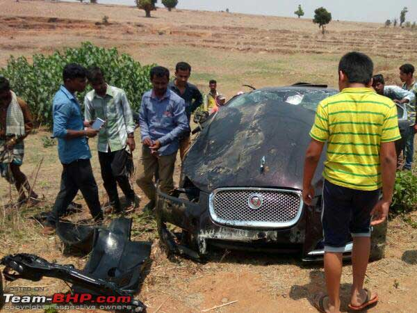 Jaguar Xf Hits A Buffalo At A High Speed Crash Result Is