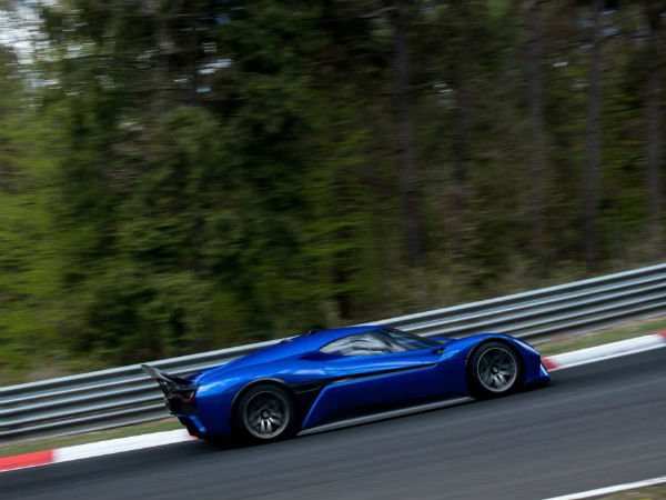 Electric Nio EP9 breaks Nurburgring lap record