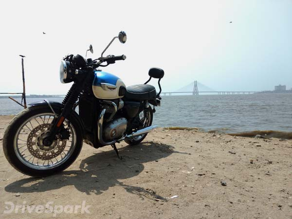 2016 Triumph Bonneville T100: First Ride Review