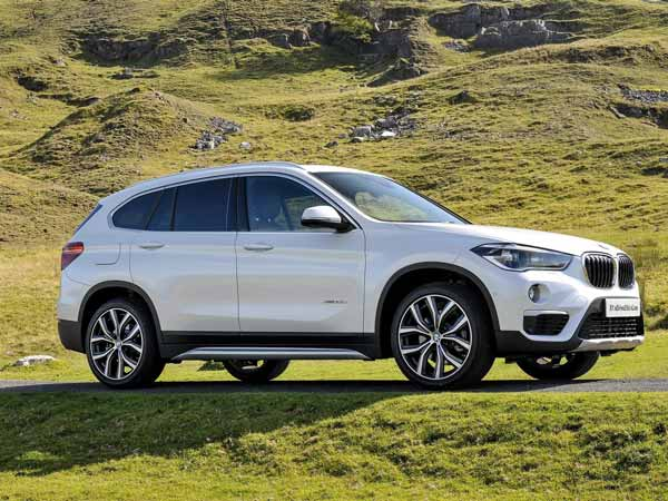 bmw x1 petrol model launched in india launch price mileage and specifications drivespark news. Black Bedroom Furniture Sets. Home Design Ideas