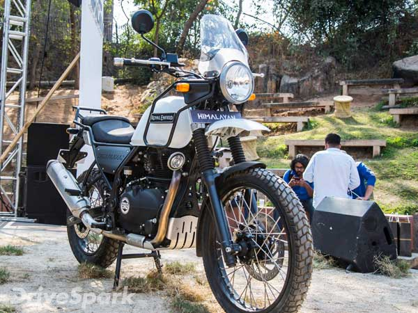 royal enfield himalayan 750cc to be more powerful drivespark news. Black Bedroom Furniture Sets. Home Design Ideas