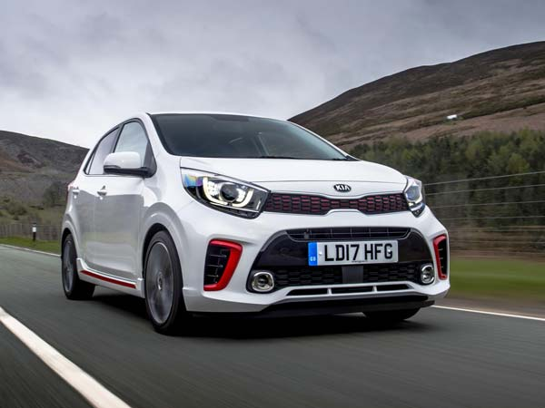 kia picanto gt line might be the cheapest performance hatchback in the world drivespark. Black Bedroom Furniture Sets. Home Design Ideas