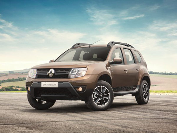 2017 renault duster petrol launched in india price mileage specifications drivespark news. Black Bedroom Furniture Sets. Home Design Ideas