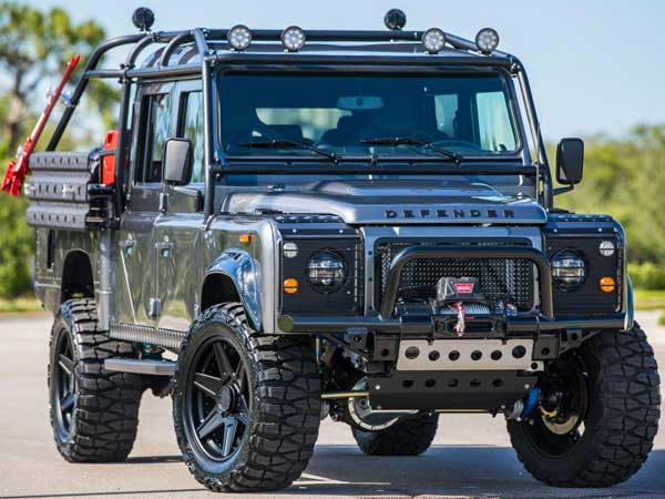 Presenting Project Viper — The Meanest Land Rover Defender By Far