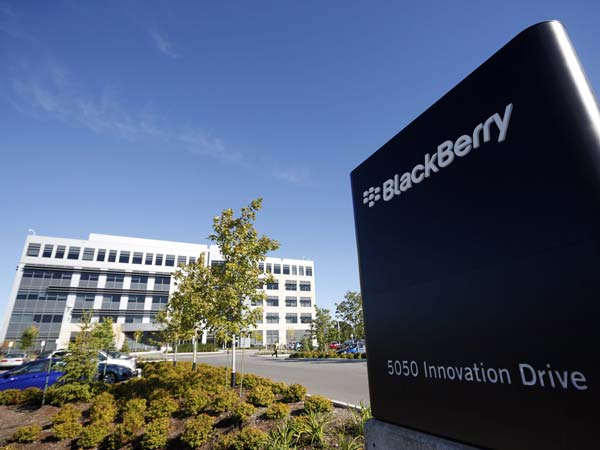 Blackberry Offers Software For Cars Running Computer Systems