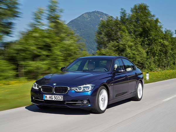 Bmw 3 Series Electric Car To Be Revealed In September Drivespark News